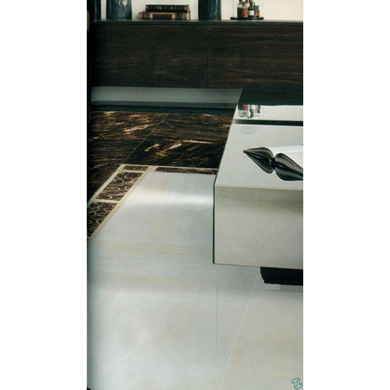 Ceramic regency listello metallic 12 5 50 cm skirt for Listelli metallici