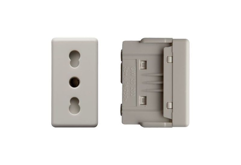 Italian Socket (with protection)