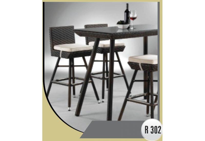 Outdoor Dinning Room (R 302)