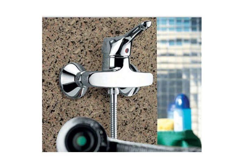 A 1704 - (Ceramix) Shower Mixer