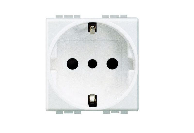 German Standard Socket