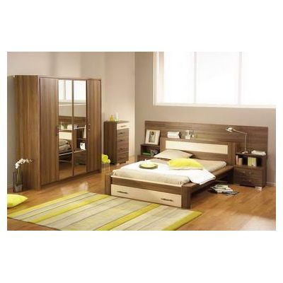 Bedroom designs master bedroom design rose design themes for Bedroom designs normal