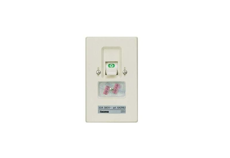 Two Pole Fuse Switch (Flush-Mounting) 32 A 2P 380 Va.c.