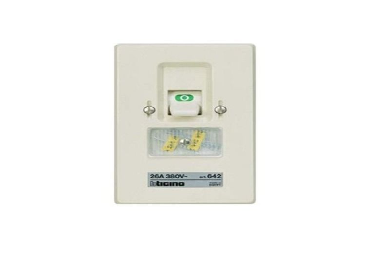 Three Pole Fuse Switch (Flush-Mounting) 26 A 3P 380 Va.c.