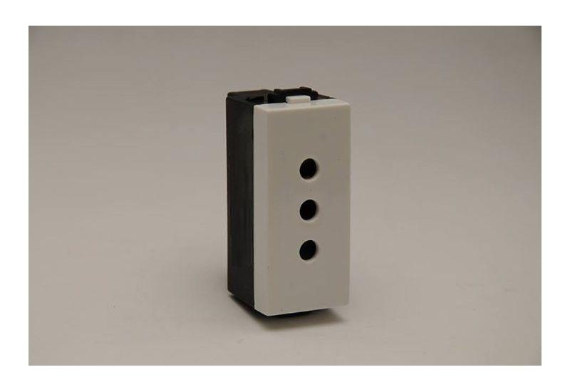 Electric Socket (Three Holes)